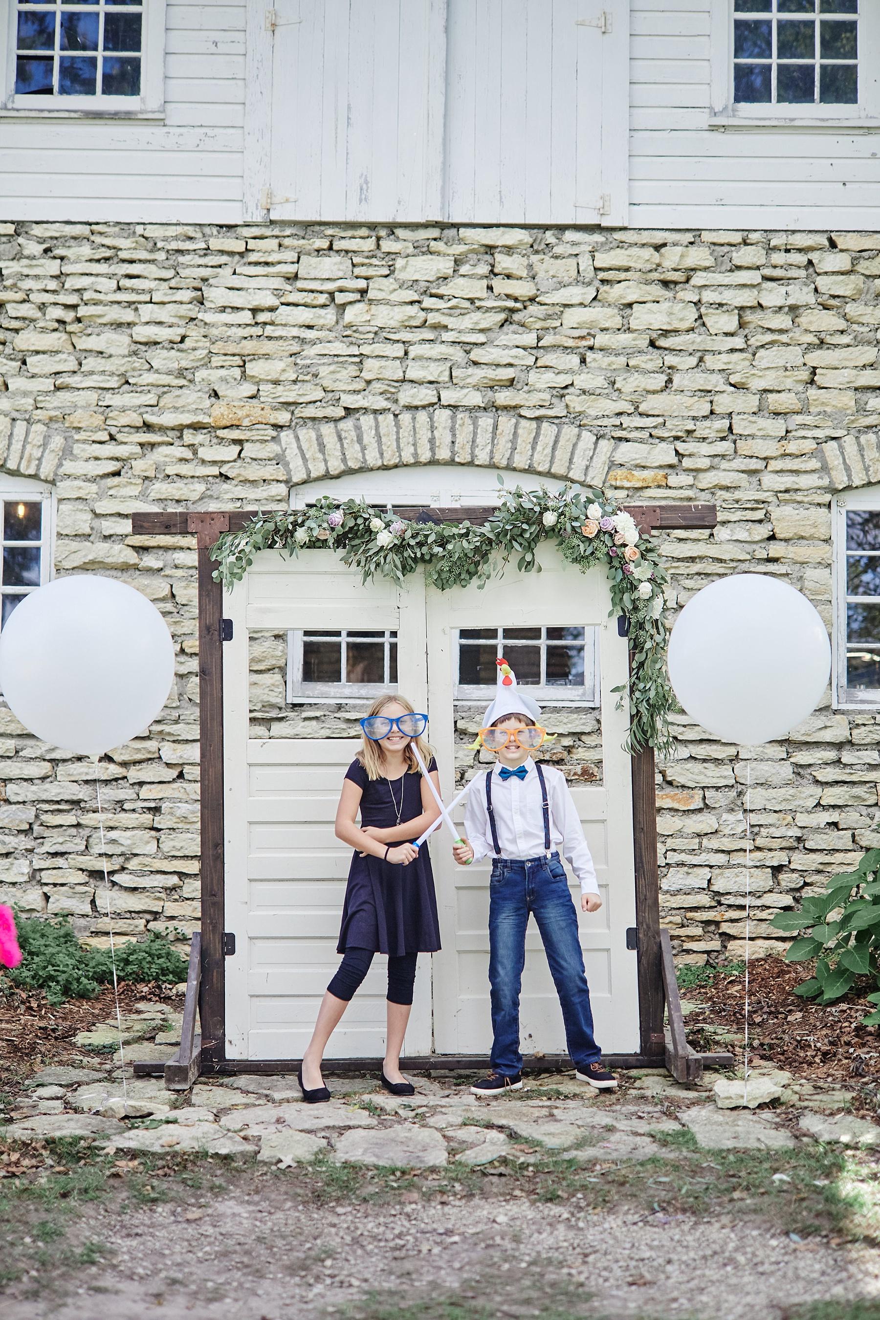 Maywood-Stone-Barn-Wedding-Rochester-Minnesota-Perry-James-Photo_0624.jpg