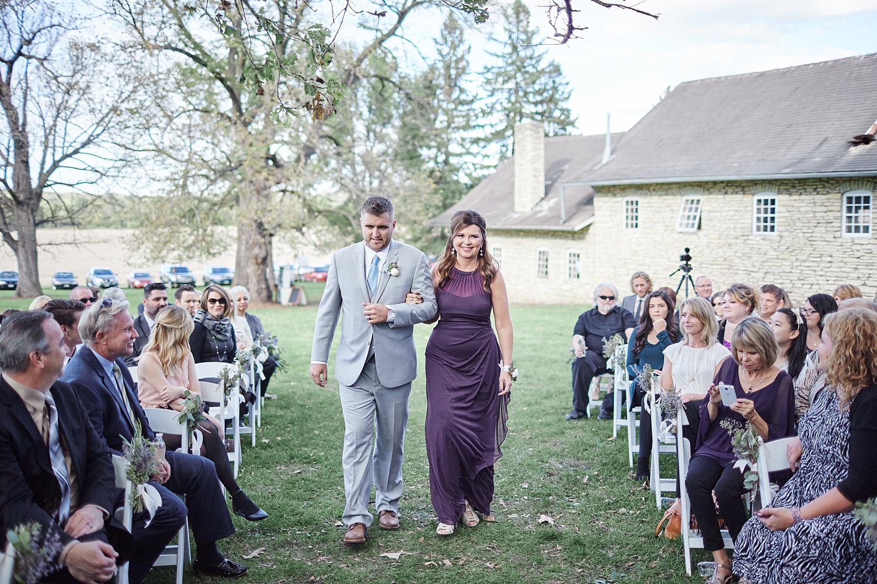 Maywood-Stone-Barn-Wedding-Rochester-Minnesota-Perry-James-Photo_0629.jpg