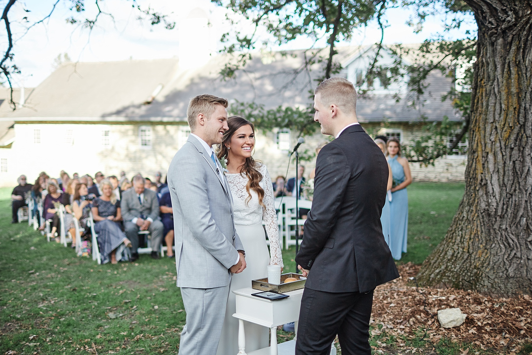 Maywood-Stone-Barn-Wedding-Rochester-Minnesota-Perry-James-Photo_0650.jpg