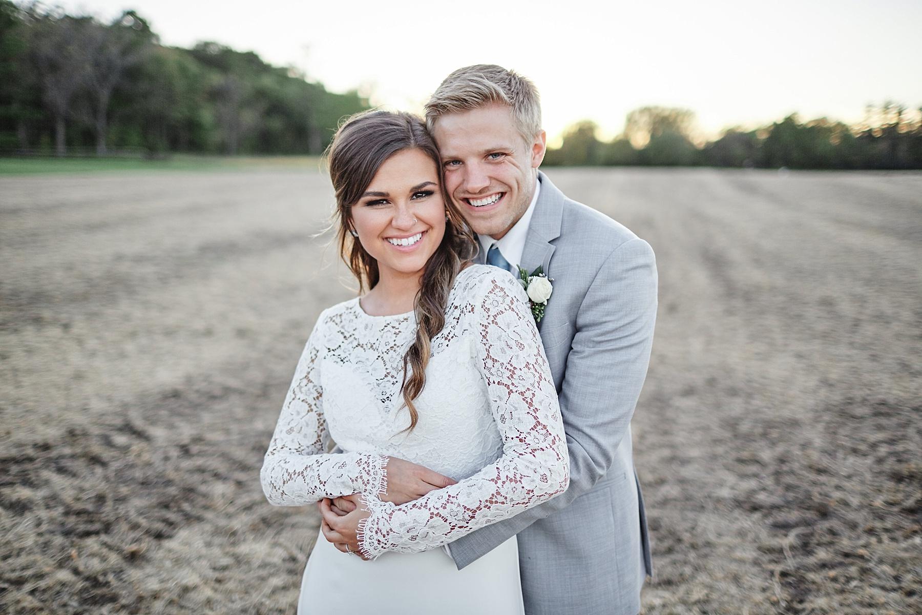 Maywood-Stone-Barn-Wedding-Rochester-Minnesota-Perry-James-Photo_0675.jpg