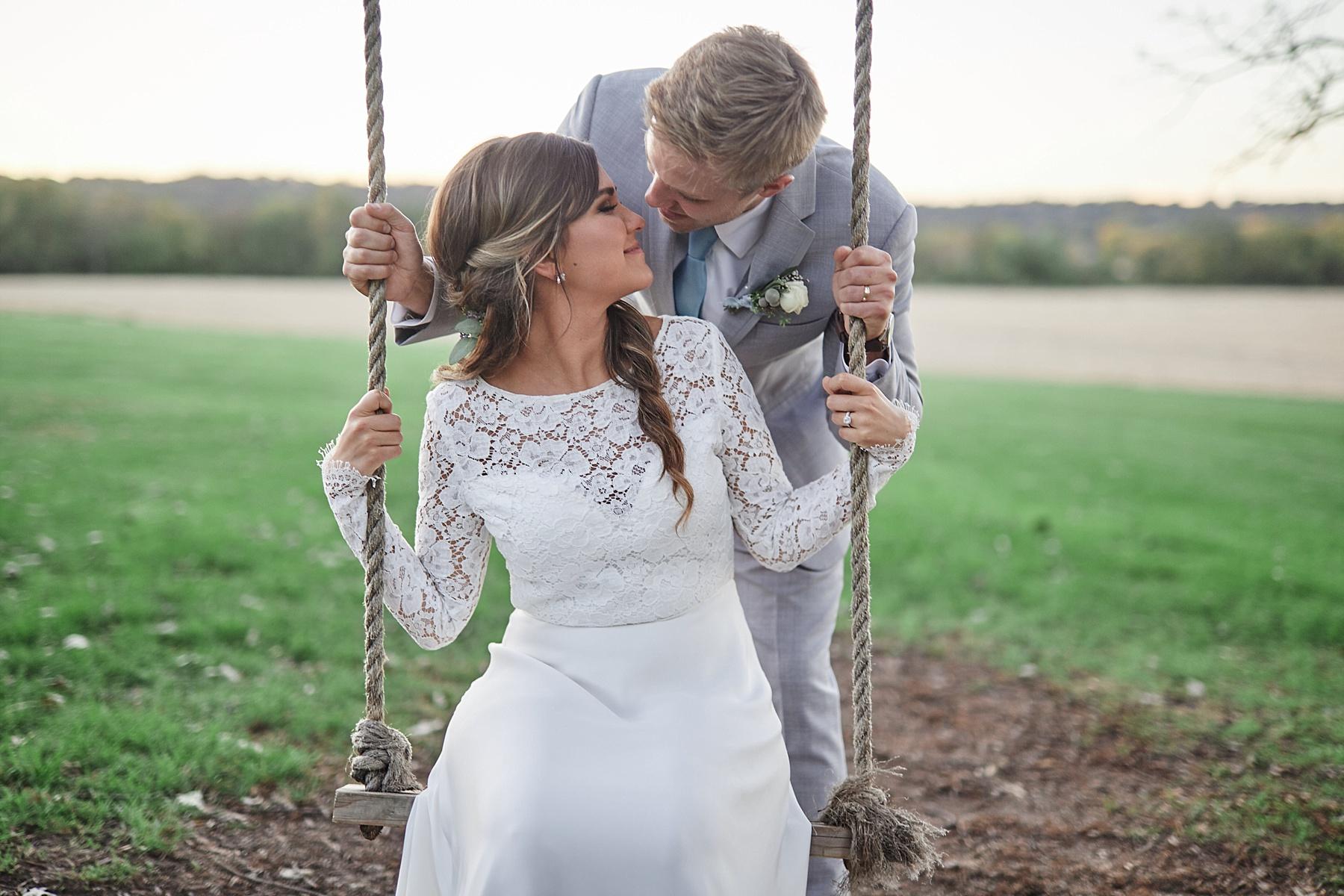 Maywood-Stone-Barn-Wedding-Rochester-Minnesota-Perry-James-Photo_0678.jpg
