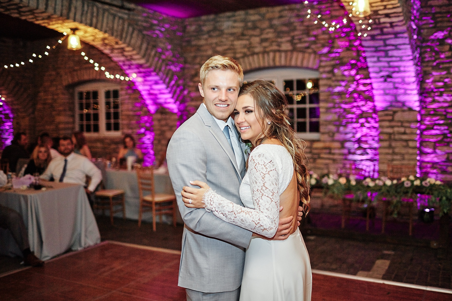 Maywood-Stone-Barn-Wedding-Rochester-Minnesota-Perry-James-Photo_0693.jpg