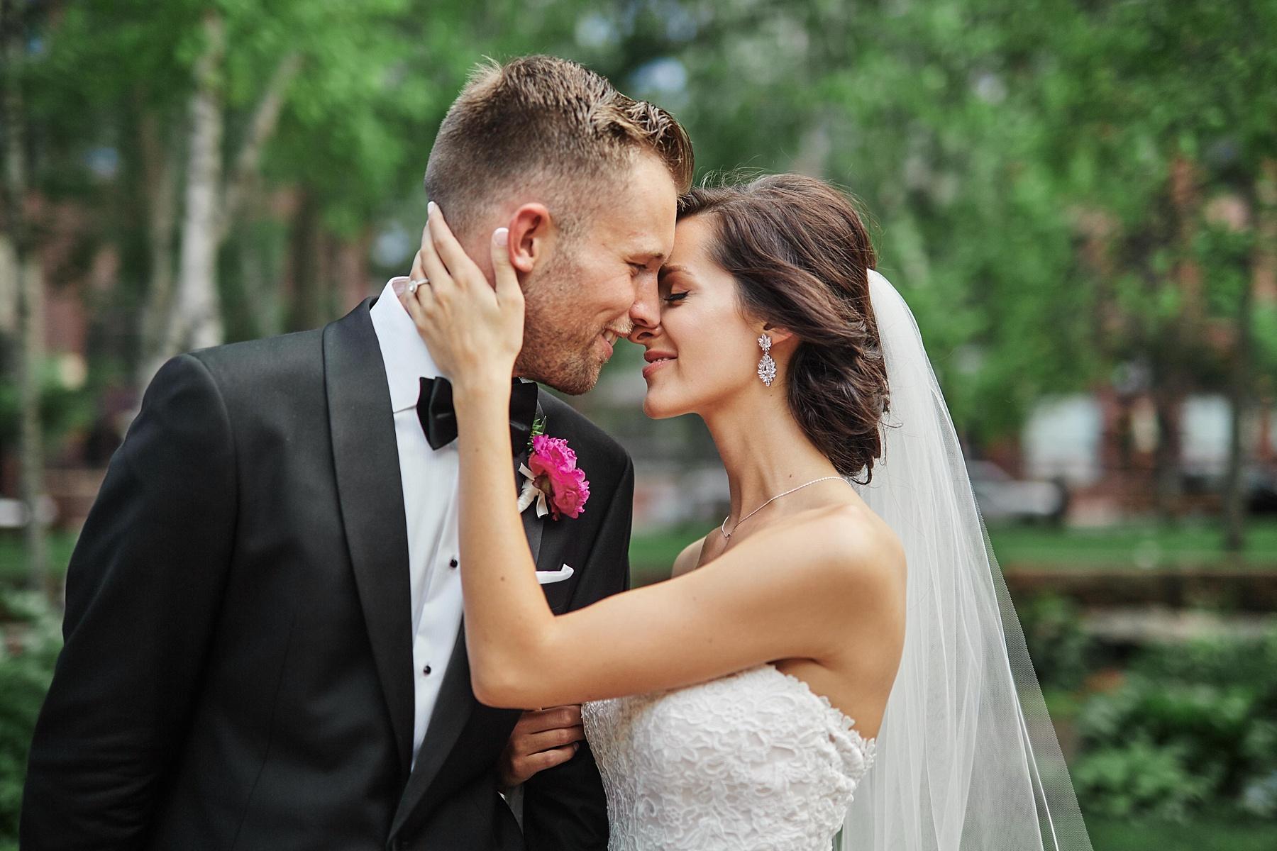 ABULAE-Wedding-Saint-paul-MN-Josh-Sofia-Wedding-Mears-Park_0783.jpg