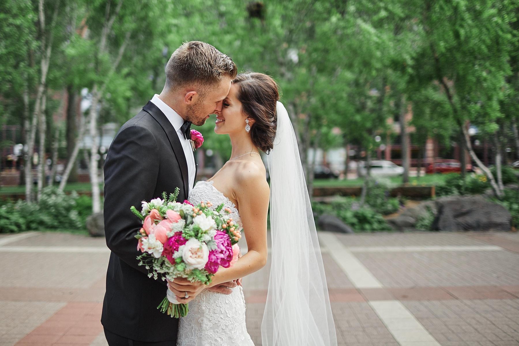 ABULAE-Wedding-Saint-paul-MN-Josh-Sofia-Wedding-Mears-Park_0784.jpg