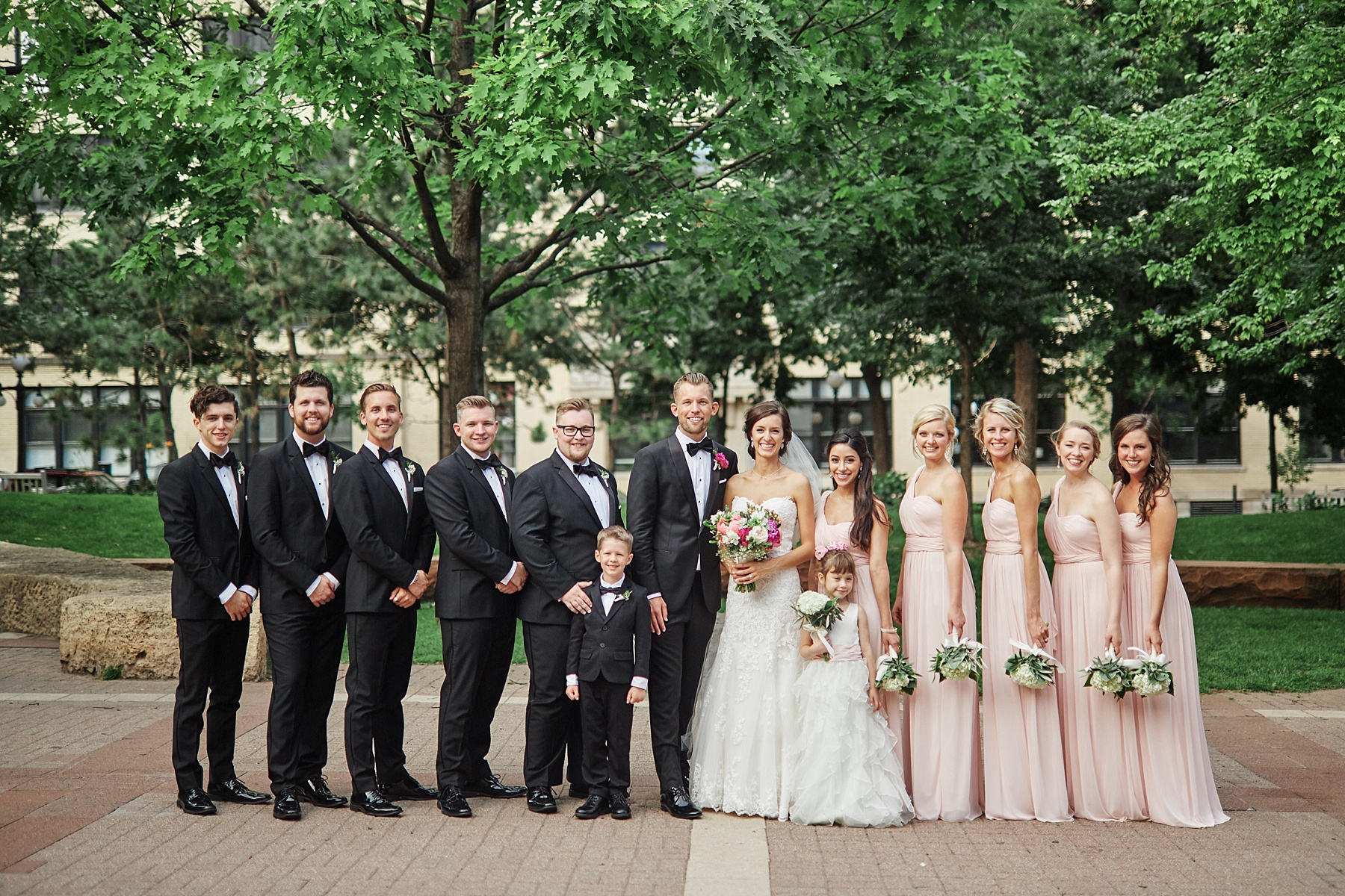 ABULAE-Wedding-Saint-paul-MN-Josh-Sofia-Wedding-Mears-Park_0786.jpg