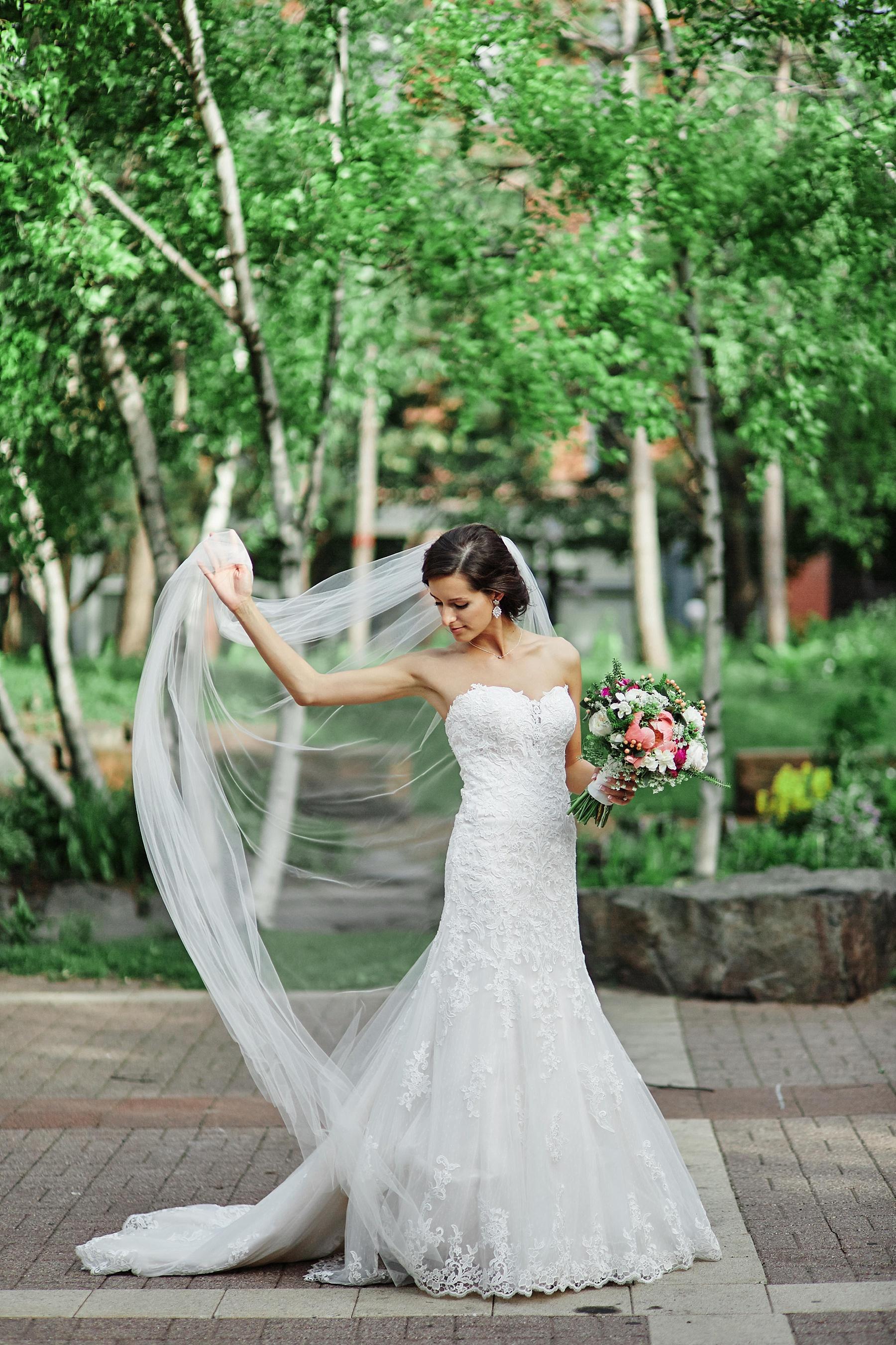 ABULAE-Wedding-Saint-paul-MN-Josh-Sofia-Wedding-Mears-Park_0794.jpg