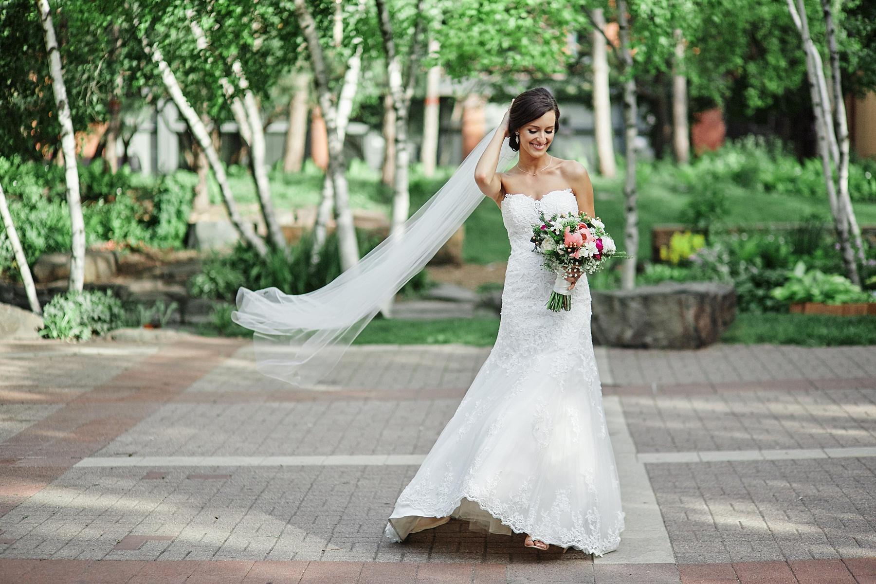 ABULAE-Wedding-Saint-paul-MN-Josh-Sofia-Wedding-Mears-Park_0796.jpg