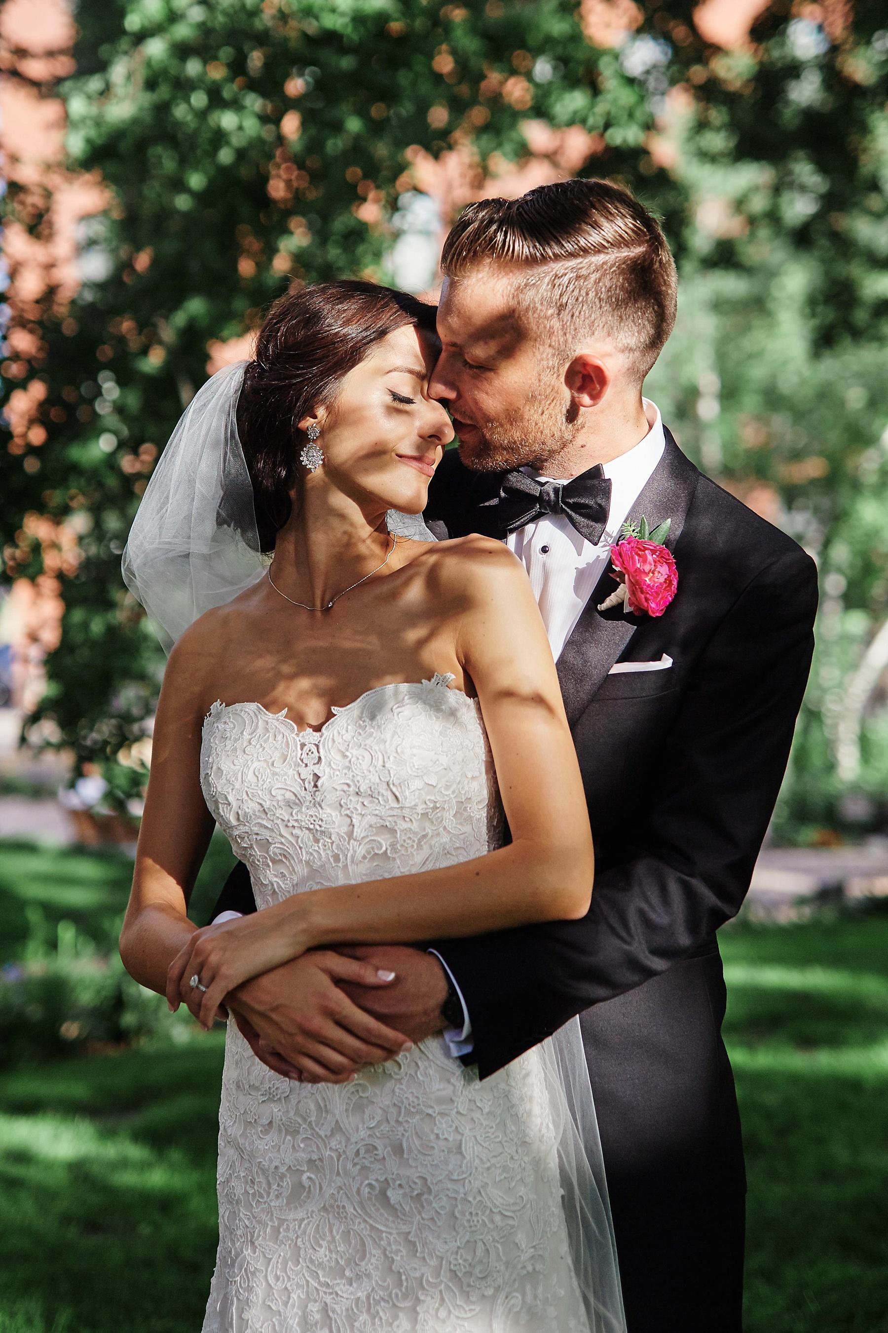 ABULAE-Wedding-Saint-paul-MN-Josh-Sofia-Wedding-Mears-Park_0800.jpg