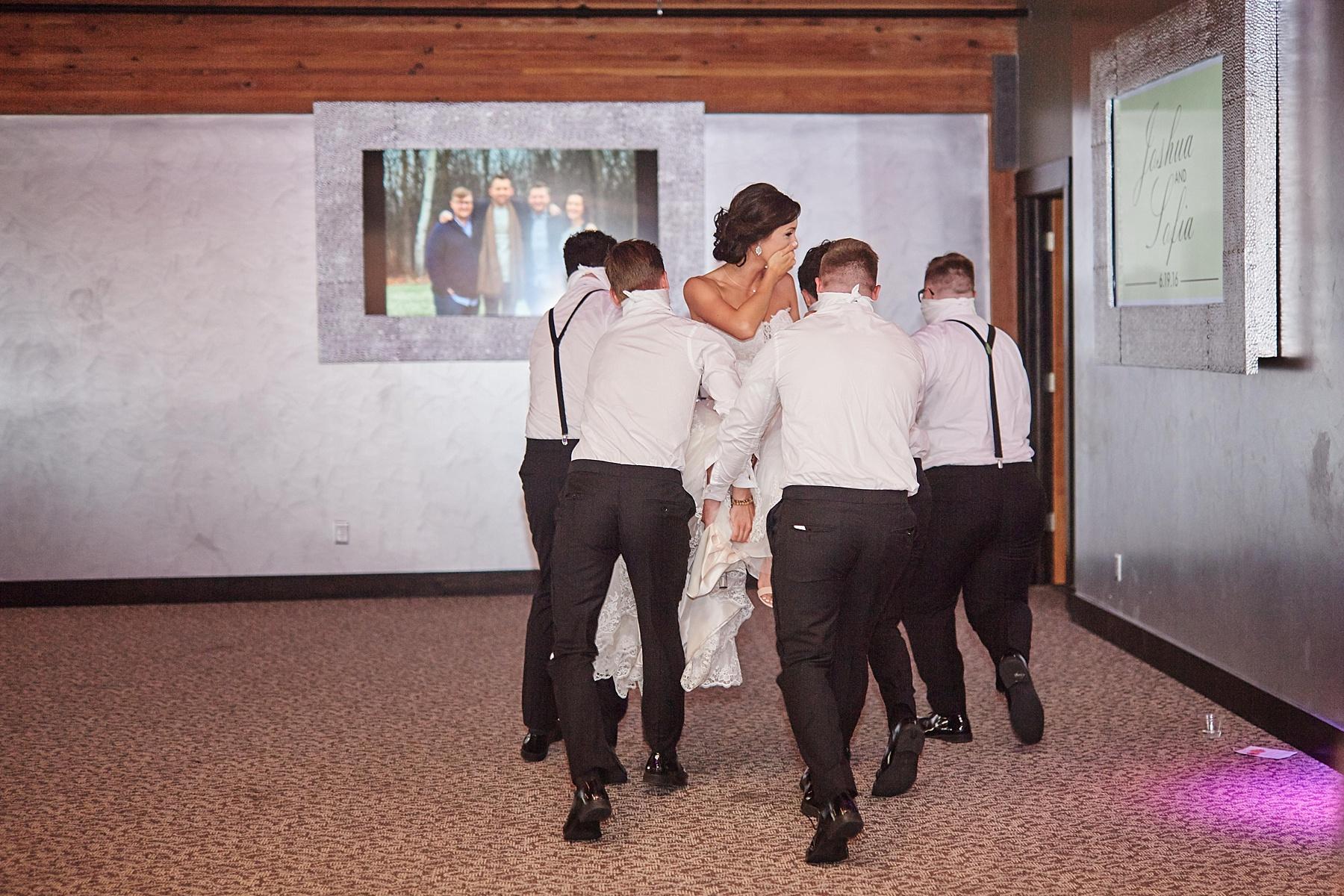 ABULAE-Wedding-Saint-paul-MN-Josh-Sofia-Wedding-Mears-Park_0813.jpg