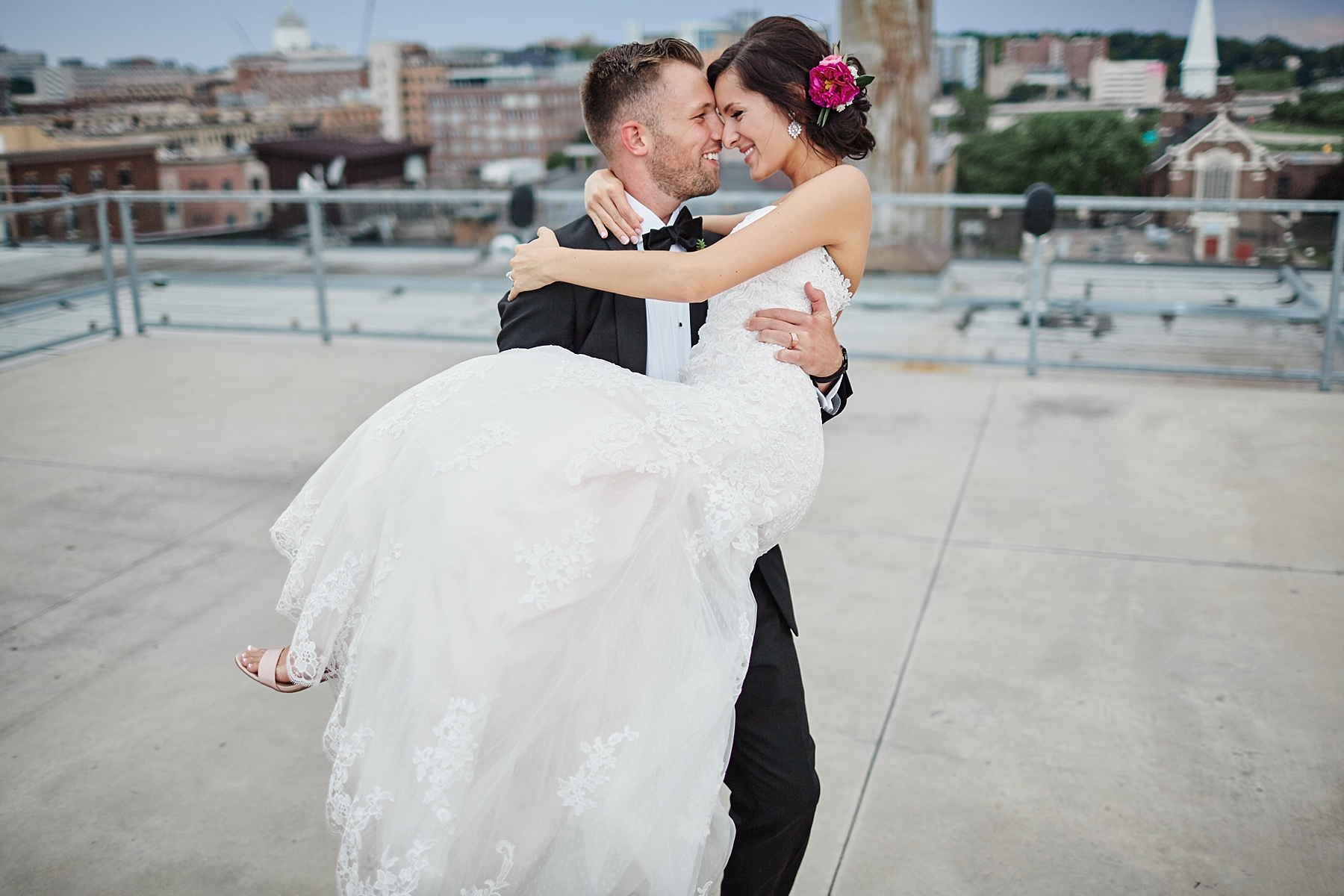 ABULAE-Wedding-Saint-paul-MN-Josh-Sofia-Wedding-Mears-Park_0824.jpg