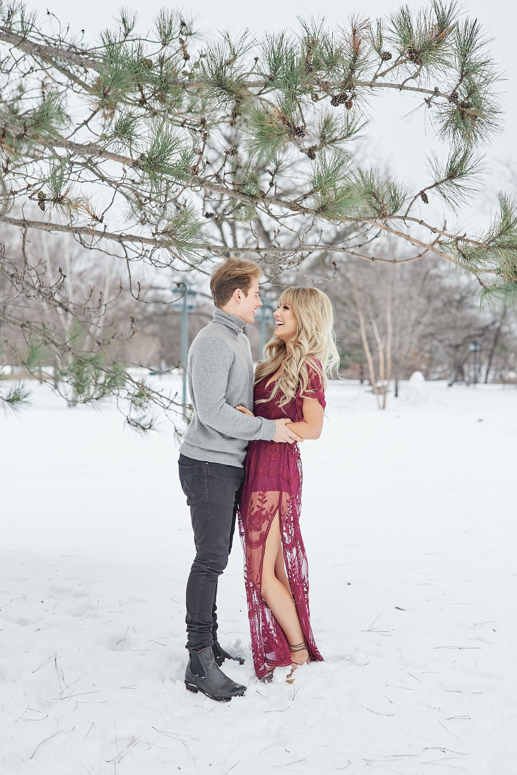 Minnehaha-Falls-Engagement-How-He-Asked-Minnesota-Aldrich-Mansion-Warwick-Rhode-Island-Perry-James-Photography_0893.jpg