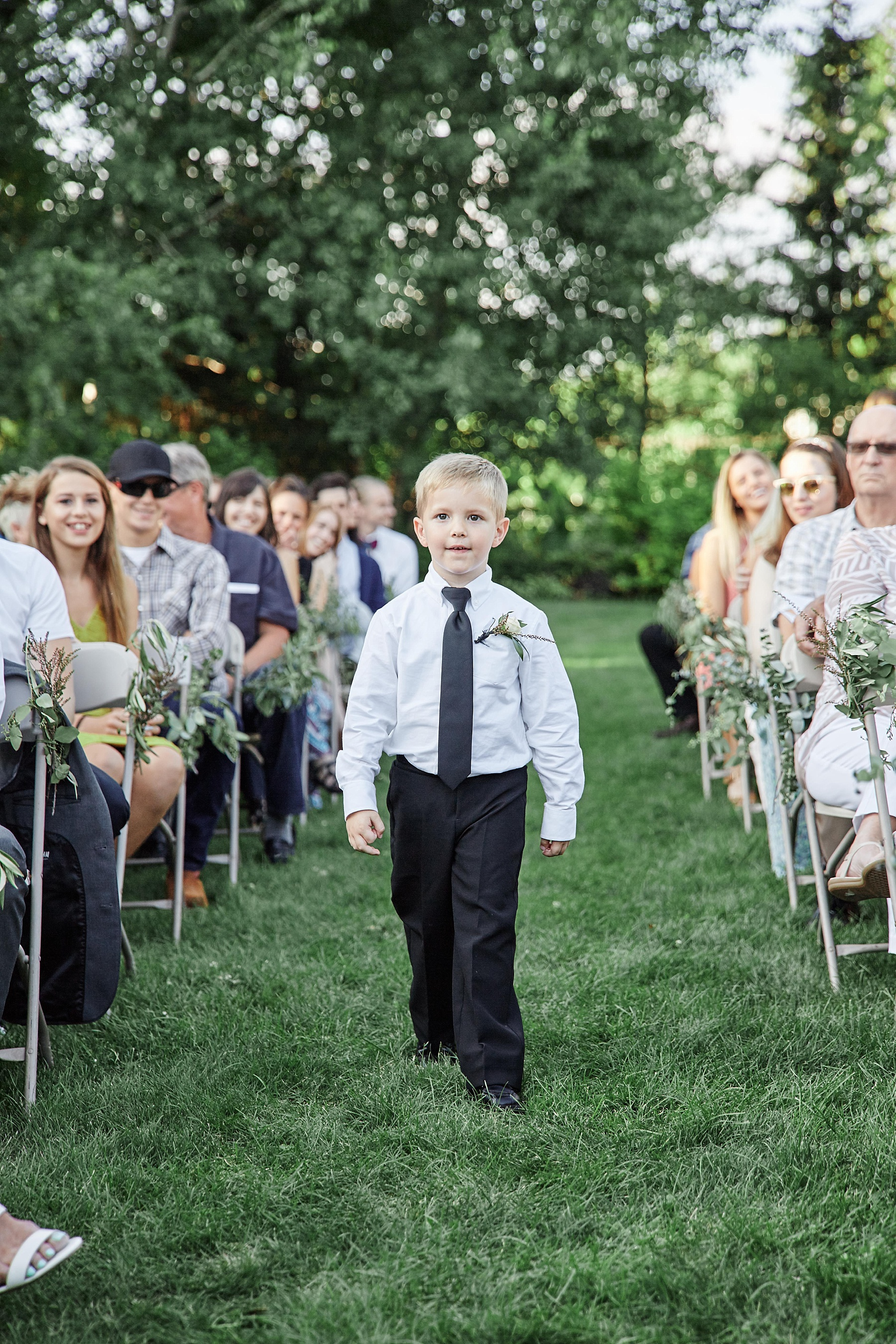 Fairhaven-Farm-South-Haven-Minnesota-Barn-Outdoor-Wedding-Josh-Kailey_0985.jpg