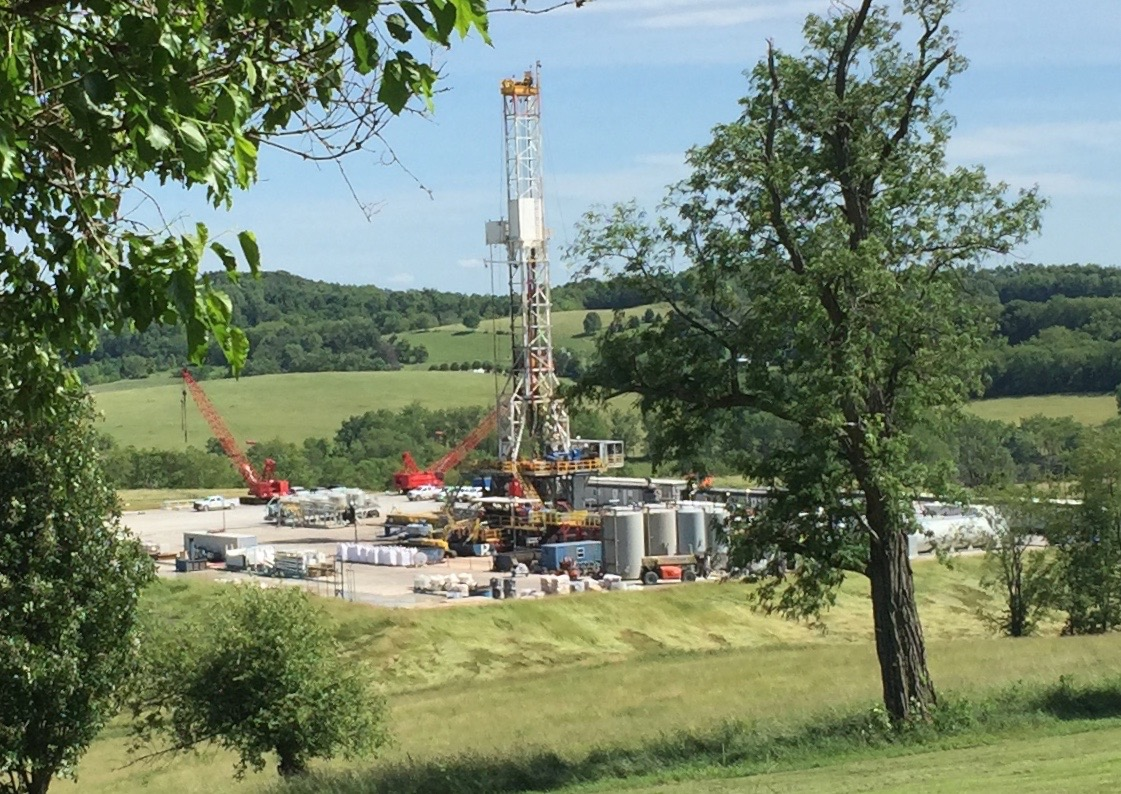In a letter to the Baltimore Sun, Chesapeake PSR Executive Director Tim Whitehouse examines the industry secrecy around the negative health effects of fracking.