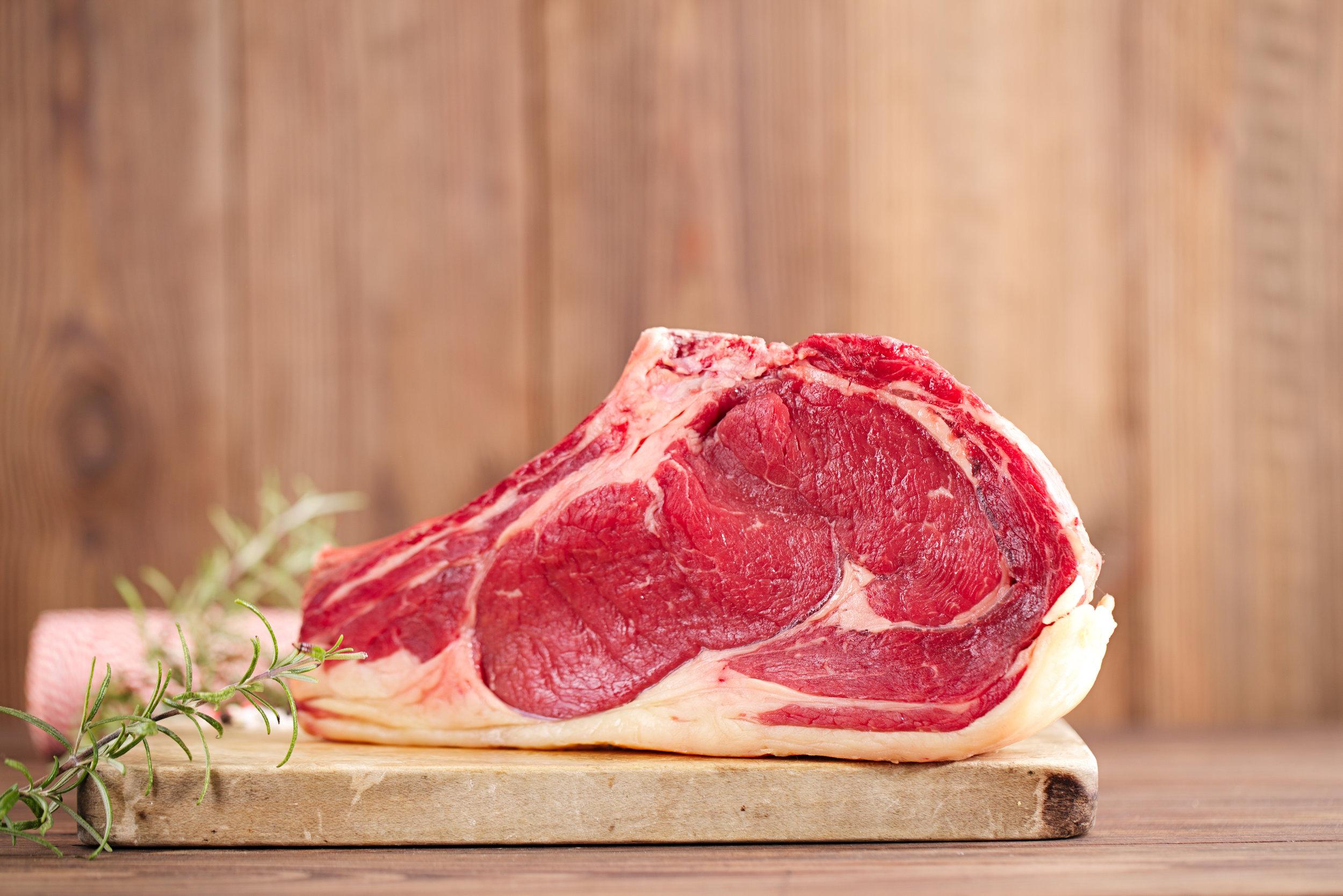 beef wooden board.jpg