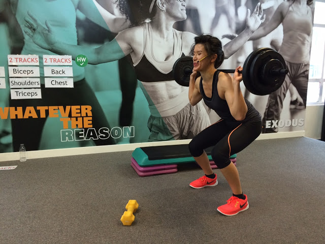 Little 1 kg weights are cuter than Angela's load, and they still work.