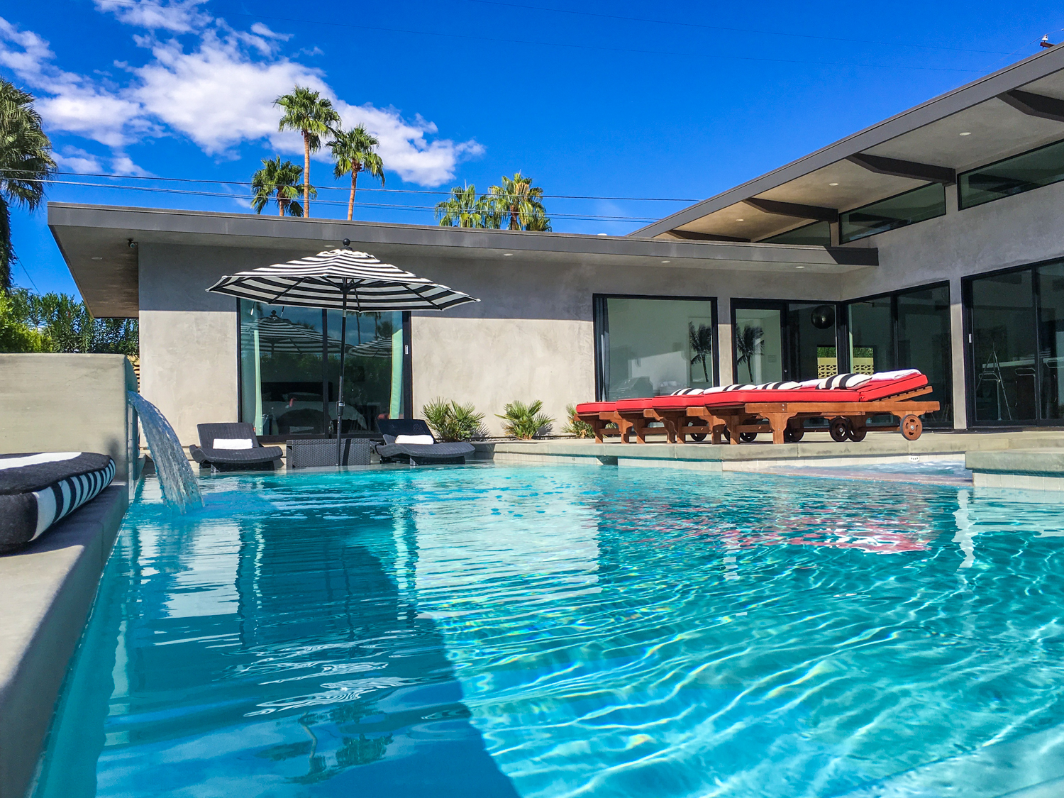 Palms-at-Park-Palm-Springs-Vacation-Rental-Home-6.jpg