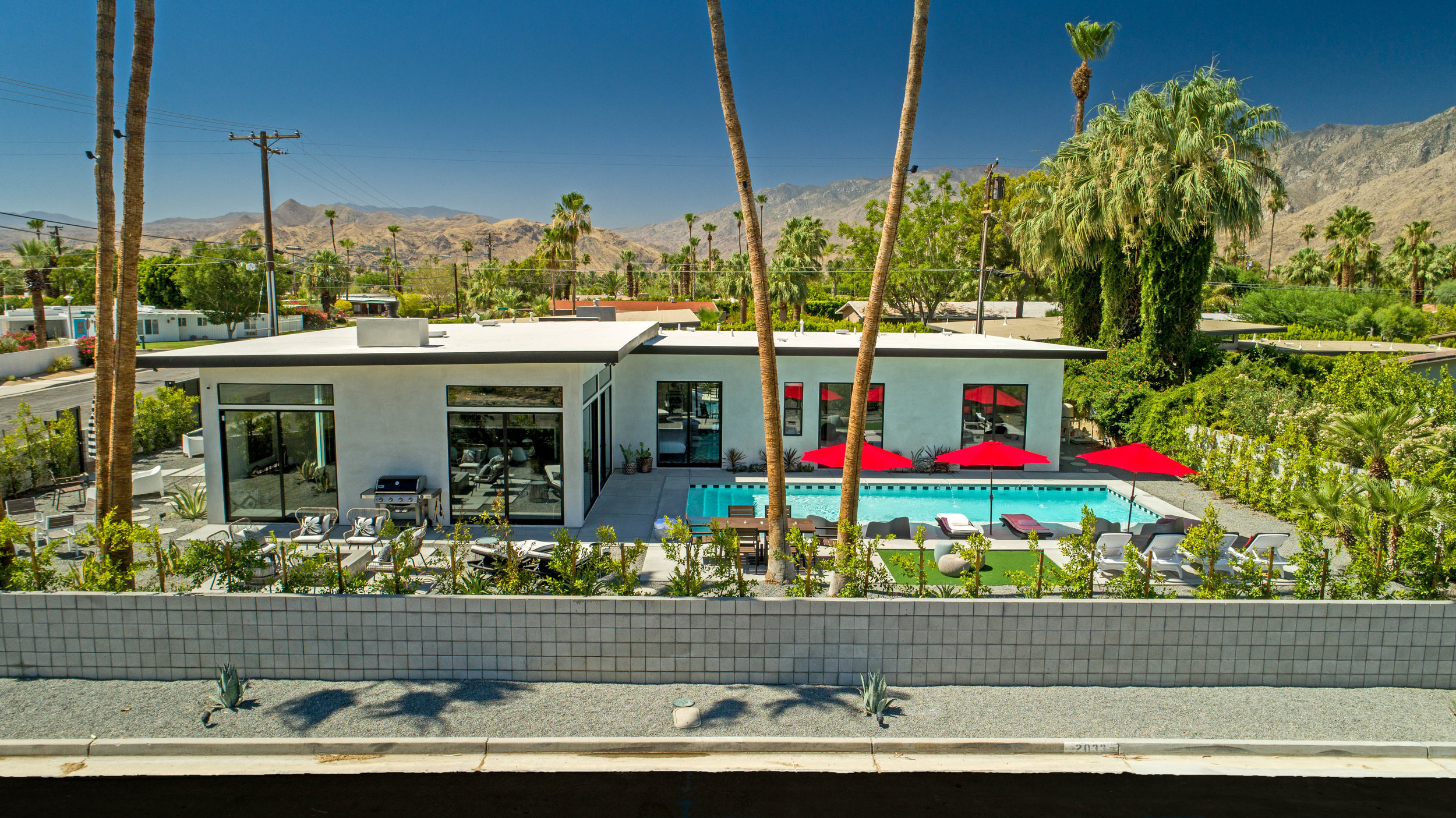 5 Palms Estate, Palm Springs  Features 6 Bedrooms Each with Private En Suite Bathroom
