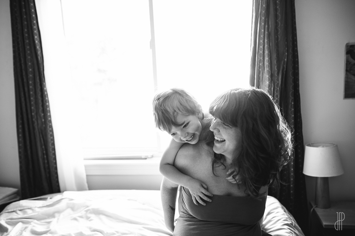 mother son in-home session - juliette fradin photography - Maryland