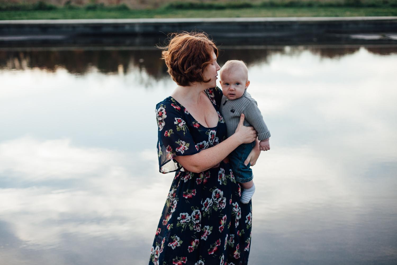 mother and son - national arboretum - juliette fradin photography-2.jpg