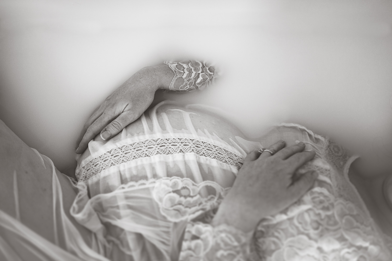 fine art maternity-2.jpg