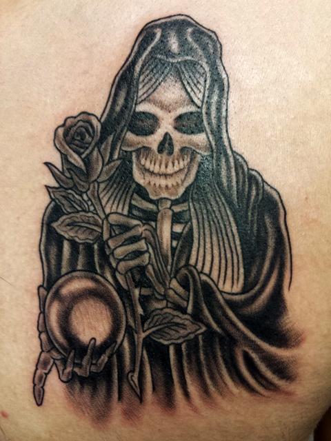 skull Black and white