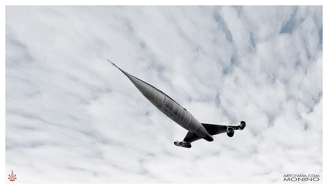 Myasischev-M-50-Flying-Art-of-Avia-Central-Air-Force-Museum-by-Kent-Miklenda-800pxh-16-9-VS-A-BW.jpg