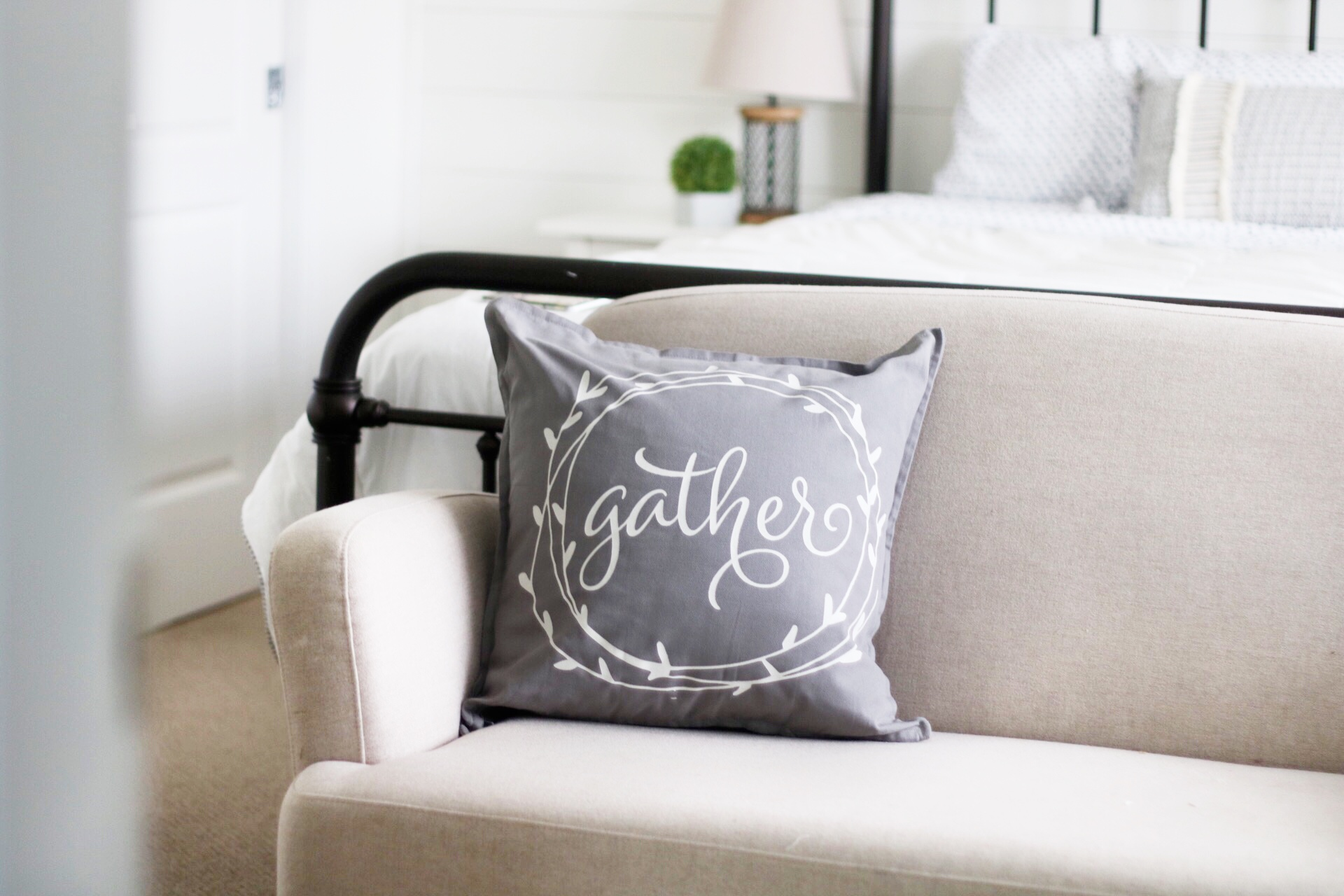 pillow painting kelowna grey.JPG