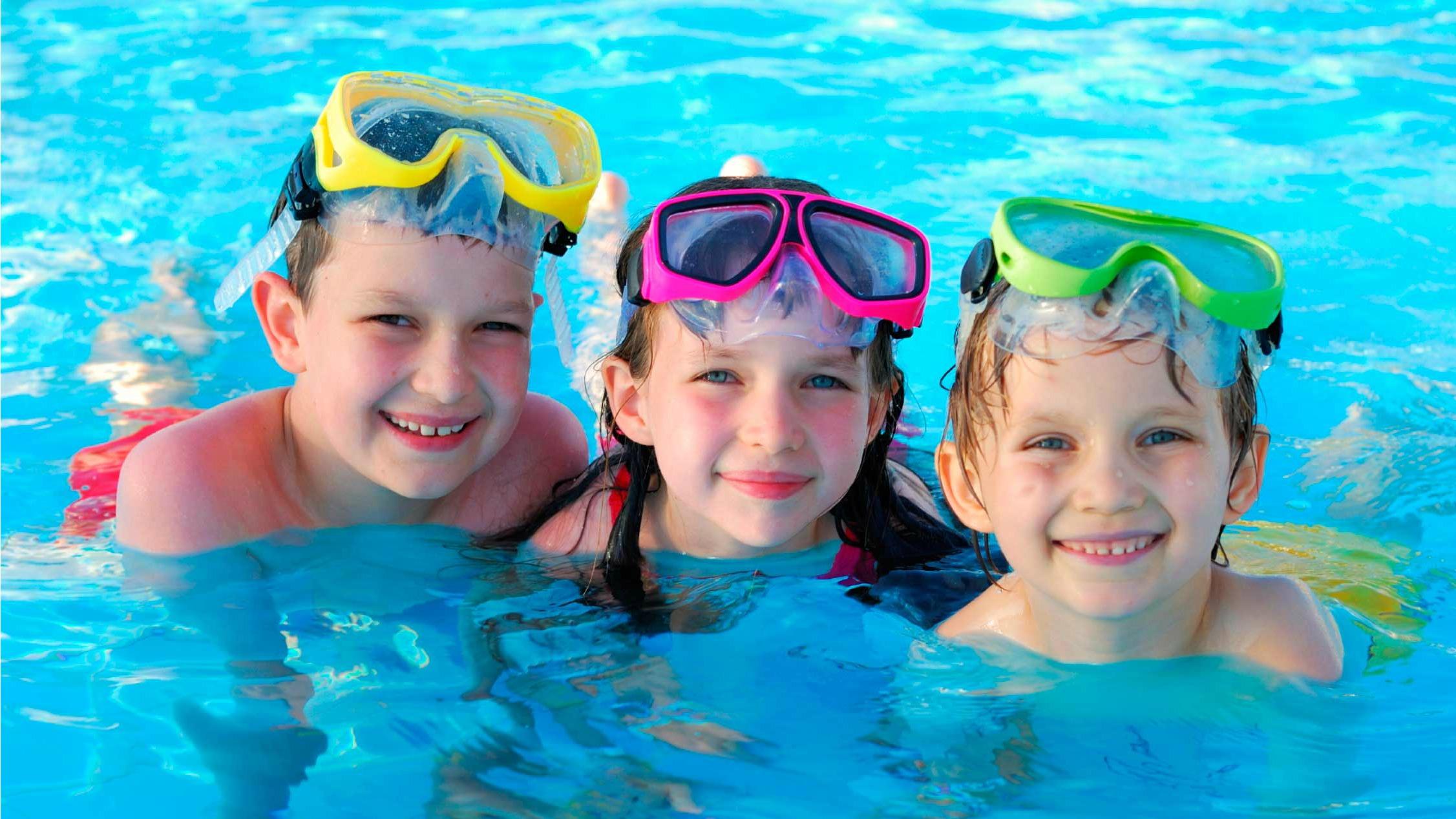 Kids Swimming - 16x9.jpg