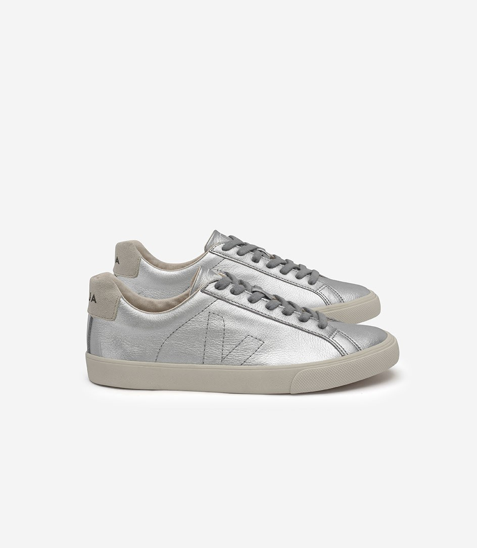 VEJA Esplar Sneaker.