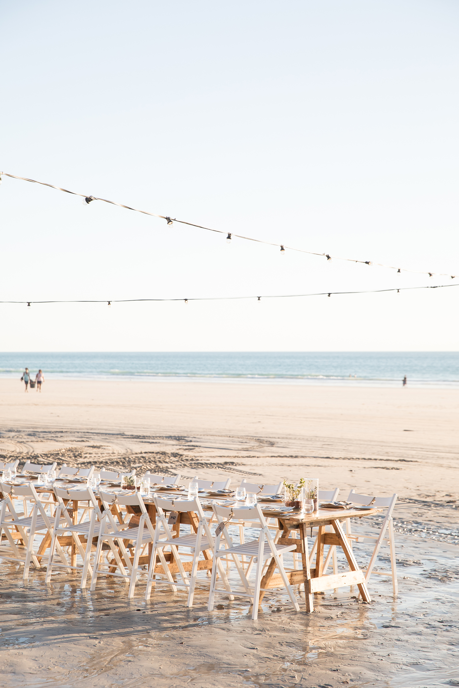 The dreamy scene at Cable Beach of the Long Table Dinner at Shinju Matsuri.