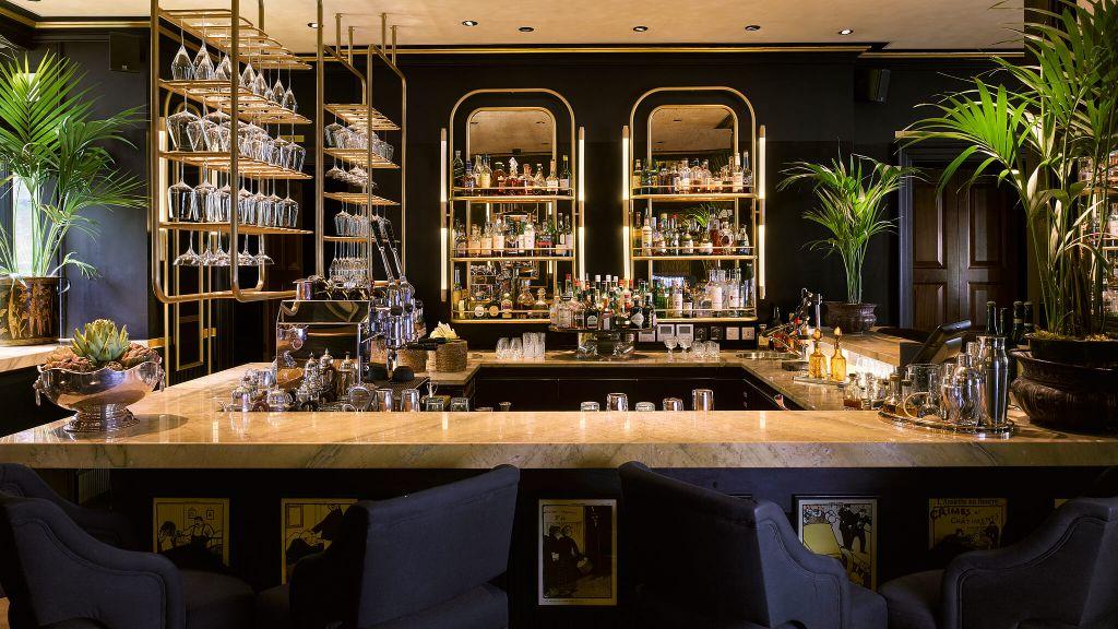 002877-03-Blakes Restaurant Bar.jpg