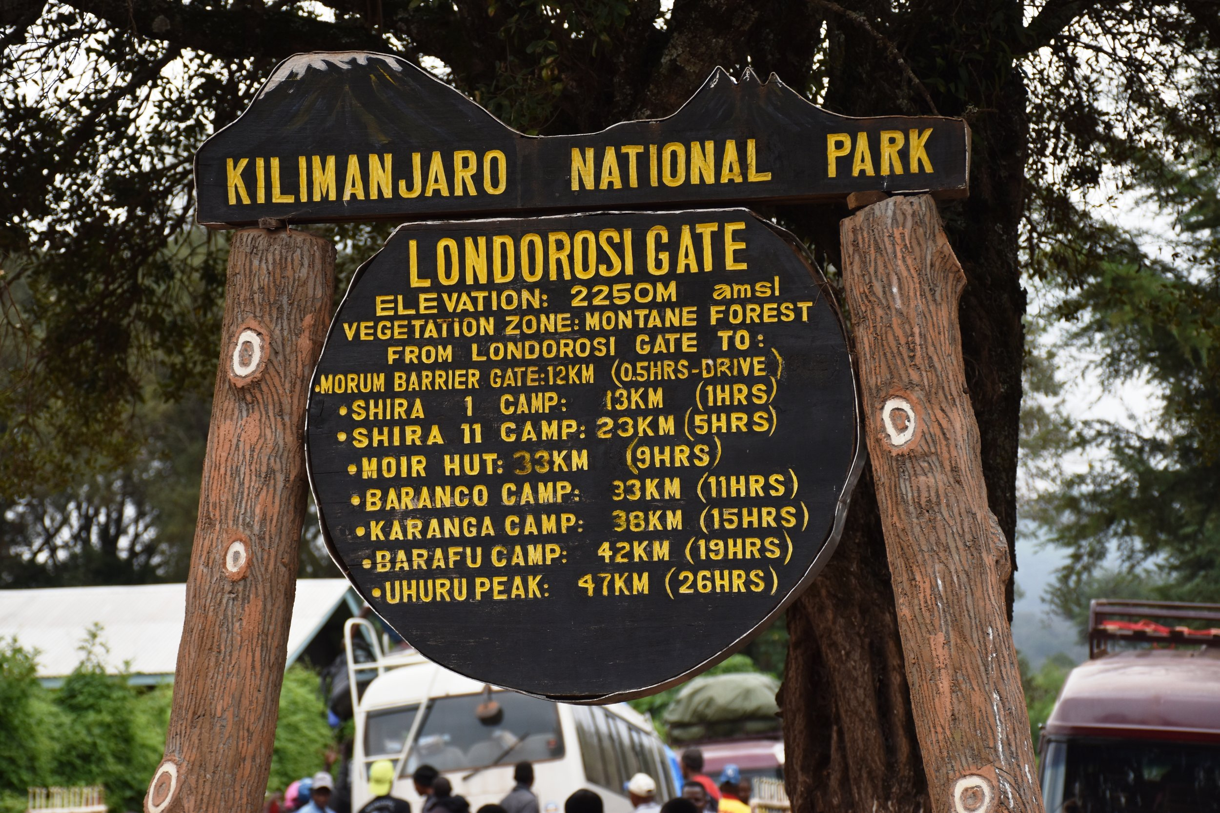 Starting gate for Lemosho Route