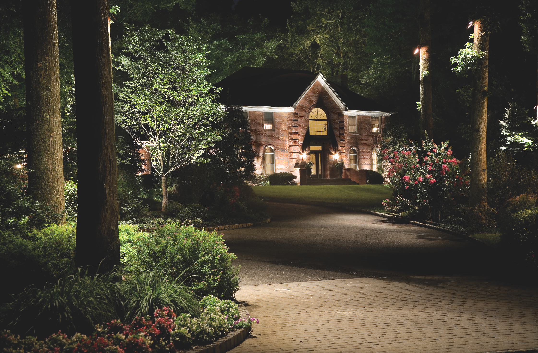landscape installers orange county ny | Landscaping Dutchess County NY. Image Courtesy of Cast Lighting