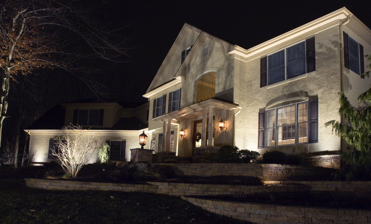 Harmony Hill Landscaping installs low-voltage LED landscape lighting in Poughquag, Poughkeepsie, Pleasant Valley, Lagrangeville,Wappingers Falls, and the Hudson Valley. Image Cast Lighting.
