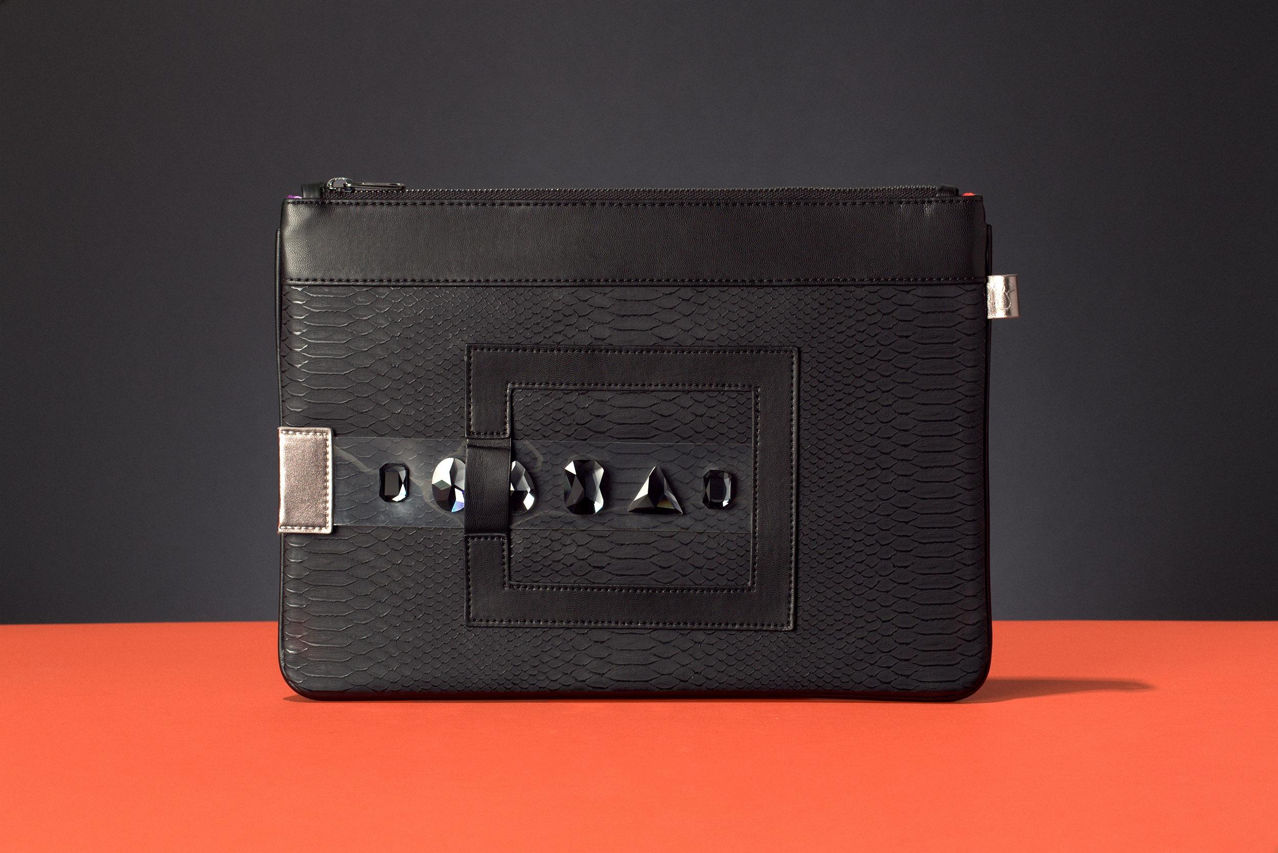 FruitenVeg-GEMA bag-never-leather-cruelty-free-vegan-leather-Ipad bag-black-large-bracelet clutch
