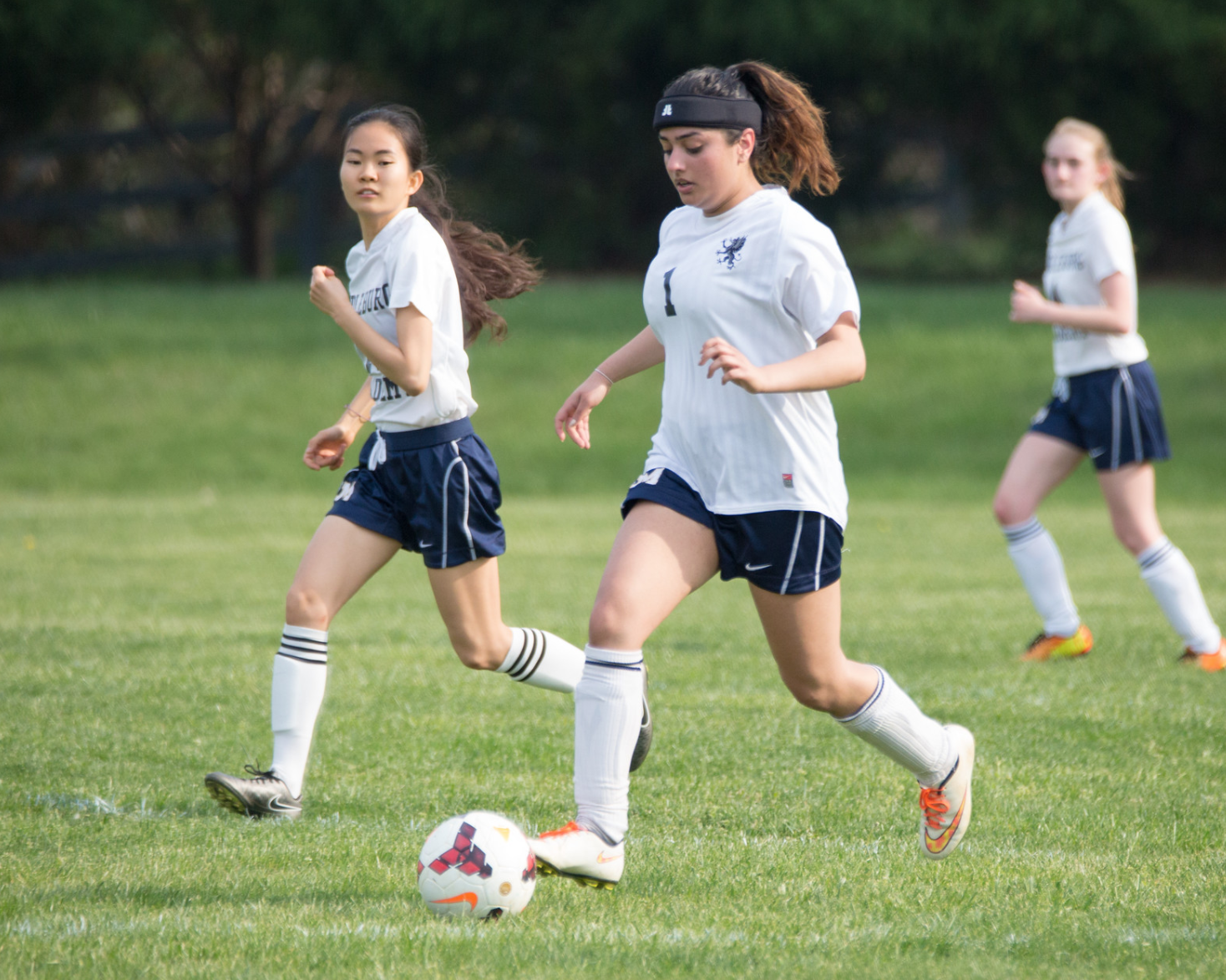 G  irls' Varsity Soccer