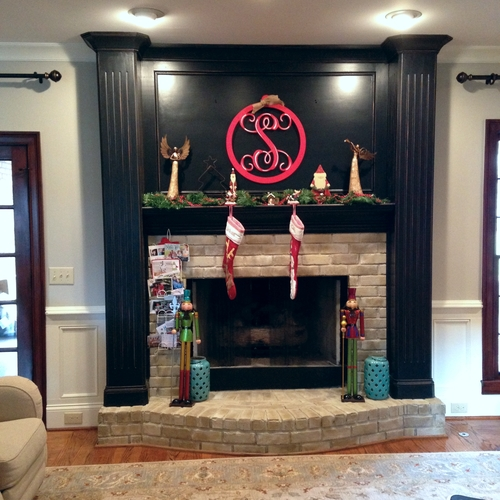 Black Distressed w/ Painted Brick Fireplace