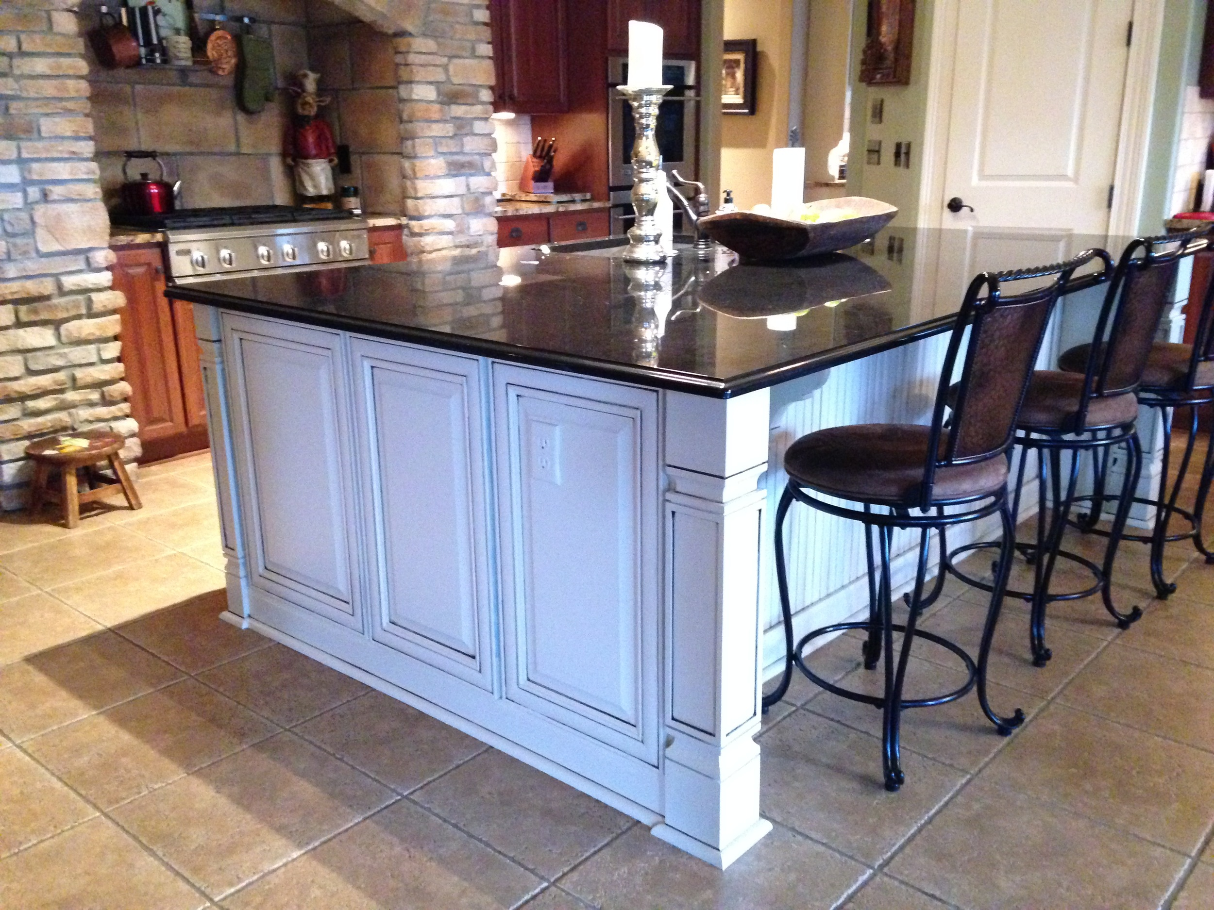 Kitchen Island in Winter Wheat