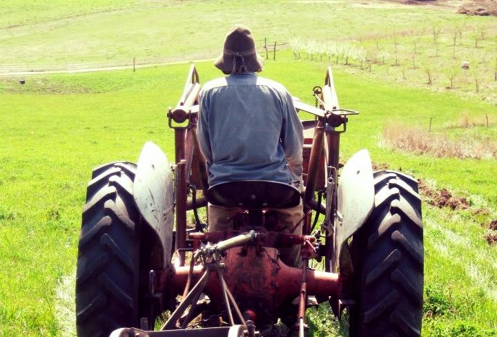 tractor-thumb.jpg