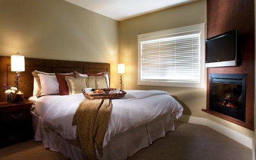 Solara-resort-two-bedroom-suite