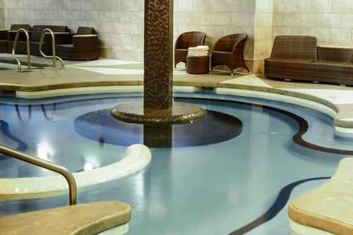 Solara-Resort-canmore-hotels-with-hot-tub.jpg