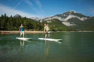Paddleboarding_on_Barrier_Lake_2C_Kananaskis.jpg