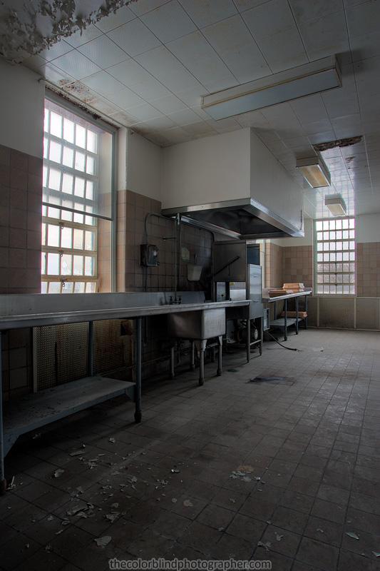 kitchen_hdr.jpg