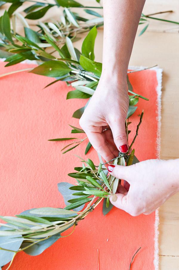 making-holiday-wreaths-atlanta-workshop-2.jpg