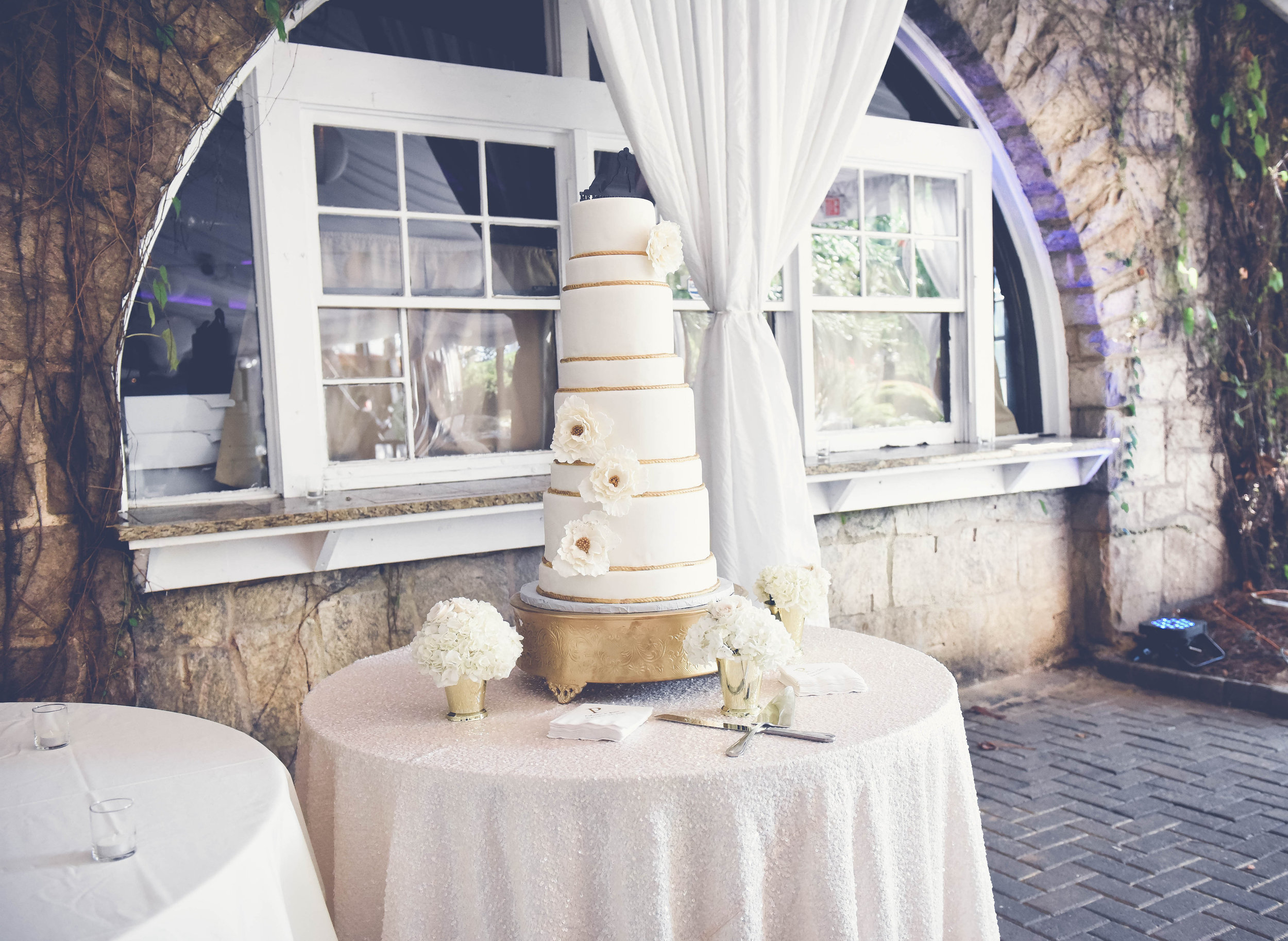 J+K{Wedding}-Cake5.jpg