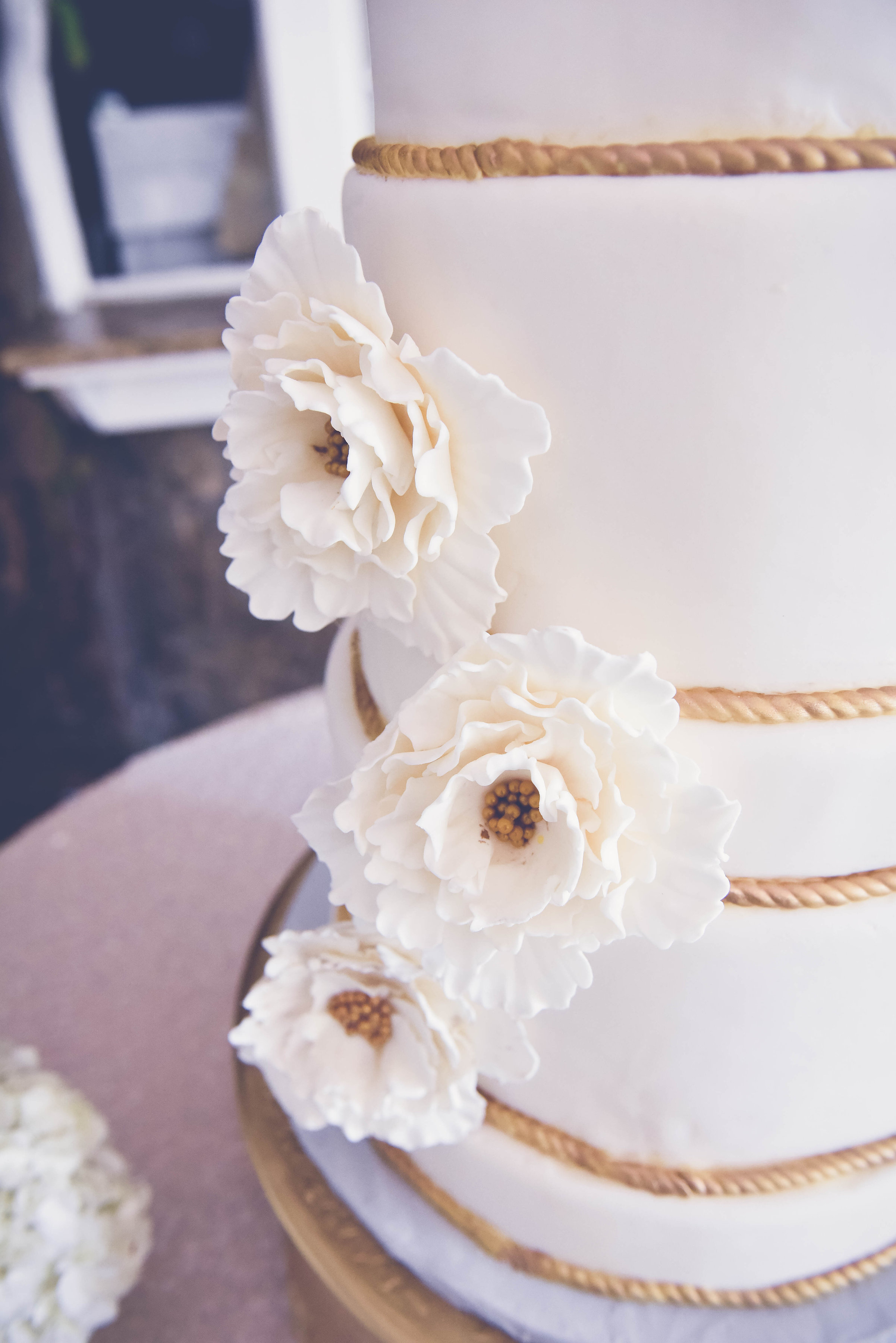 J+K{Wedding}-Cake3.jpg