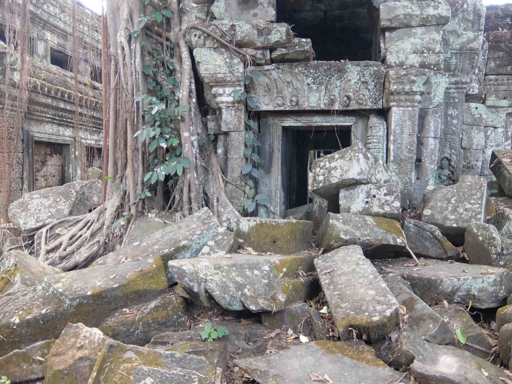 Ghostly remains of once-great Angkor. Photo by Lisa Mahoney. 2017.