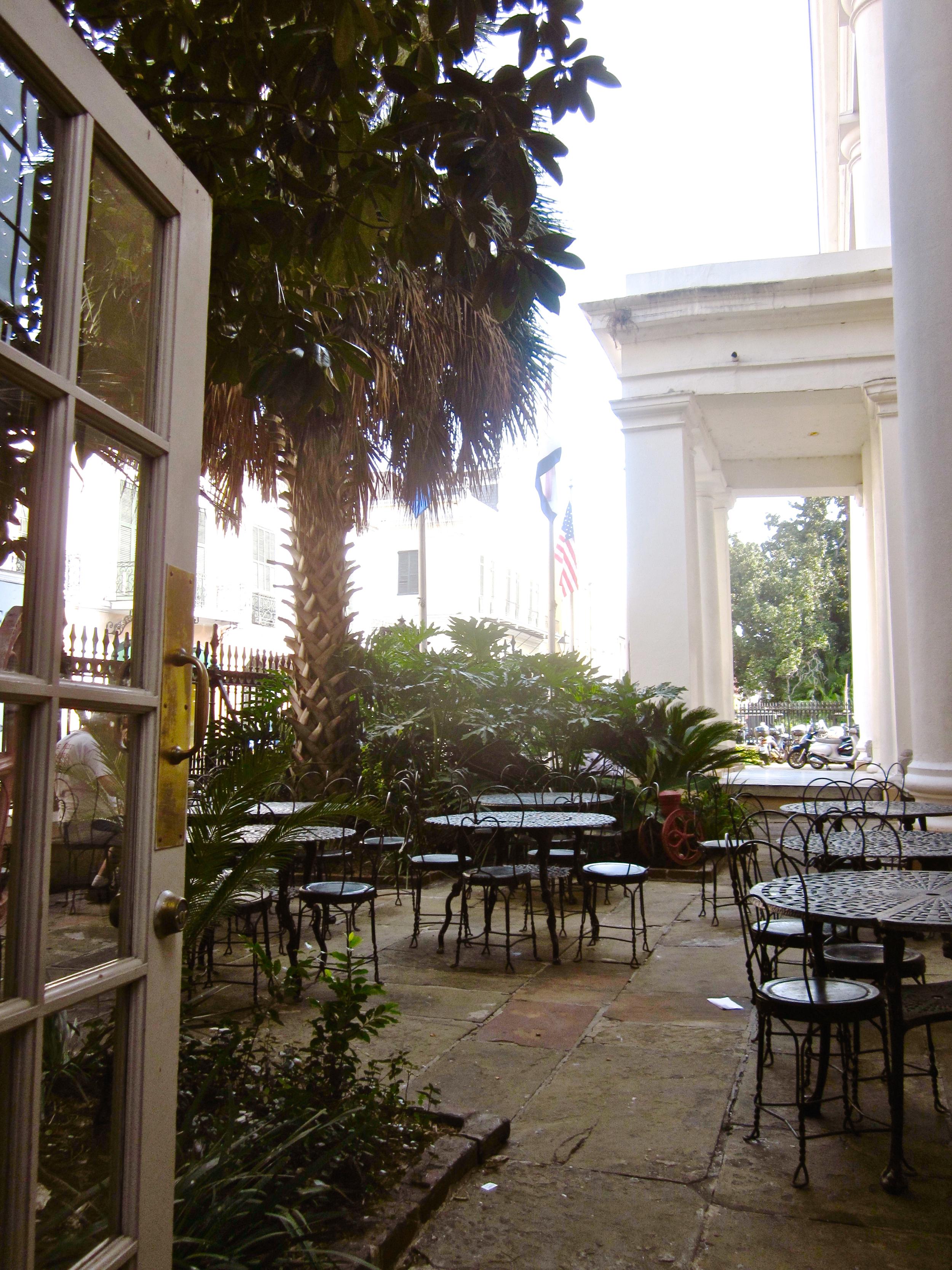 cafe beignet patio (sans cats)