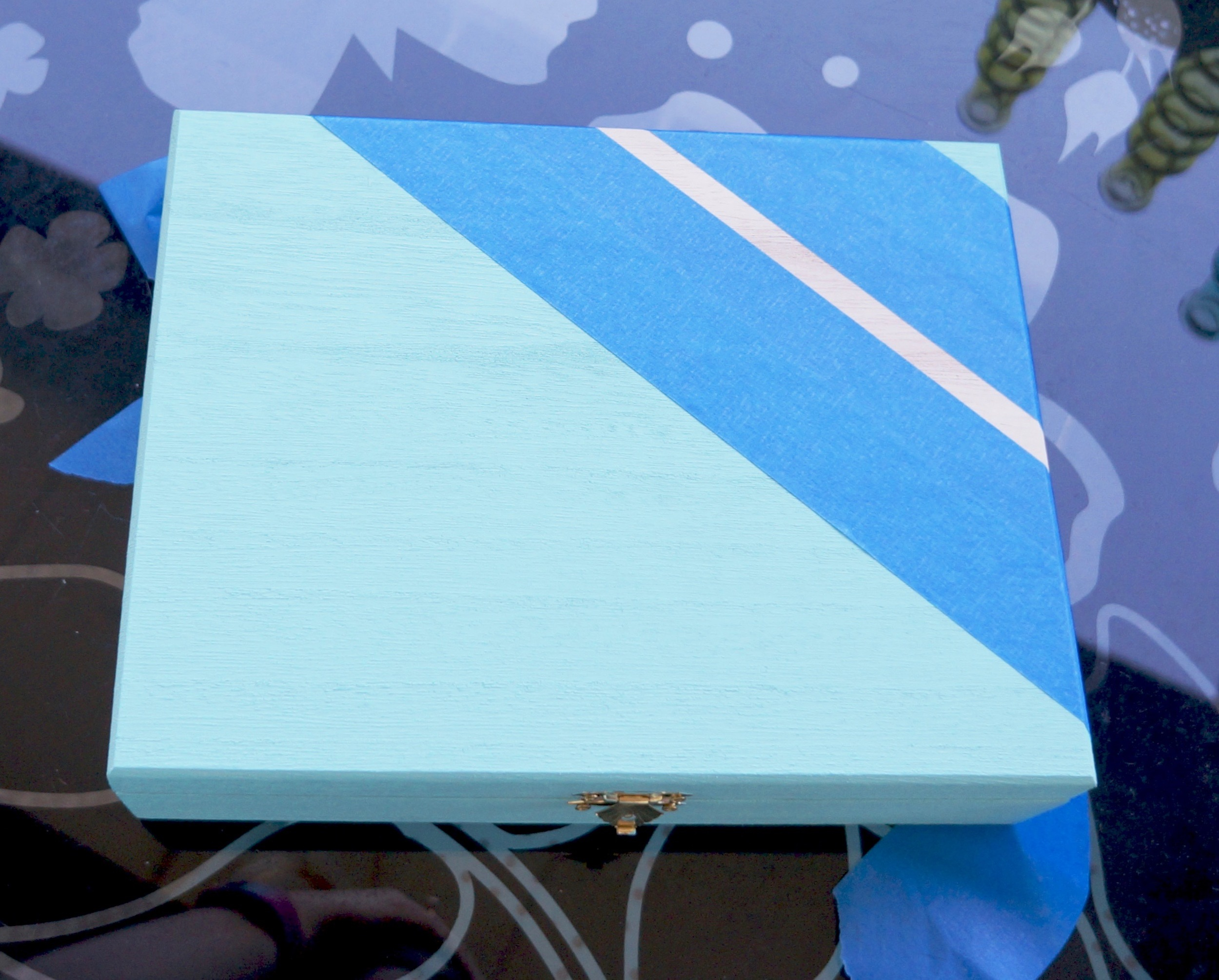 painters-tape-box-stripes.jpg