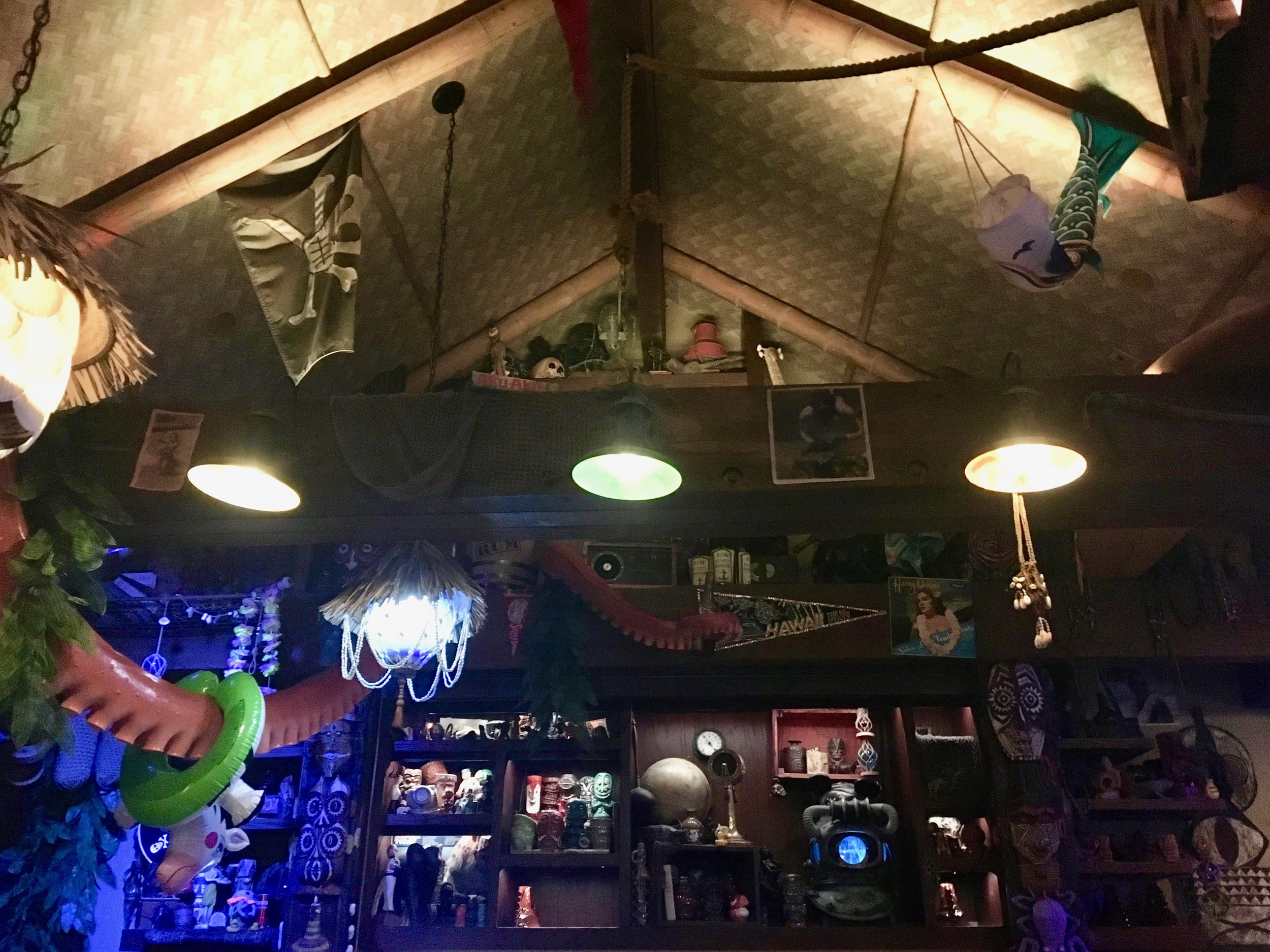 trader-sams-grog-grotto-bar.jpg